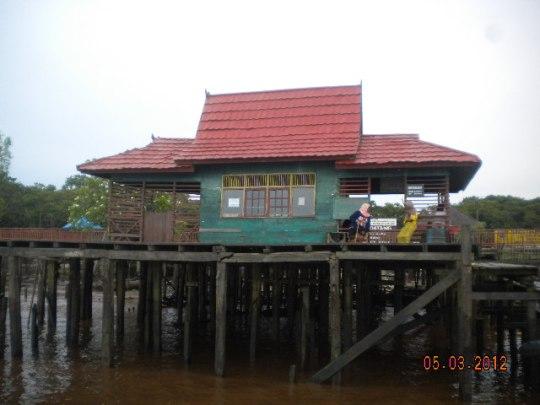Dermaga Pulau Bunga